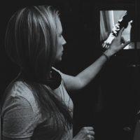 Tori Larsen-headshot